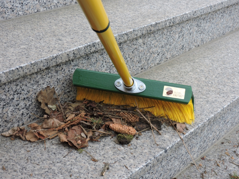 FRITZE Garten-Krallenbesen 35cm breit